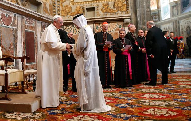 Per la prima volta nella storia un Papa invia, di suo pugno, un messaggio ai musulmani
